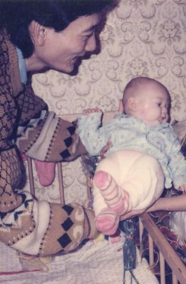 Tâm sự xúc động của bố Văn Lâm thuở cơ hàn: Bác ruột phải bán chiếc khuyên tai vàng của bà nội để nuôi hai bố con - Ảnh 2.