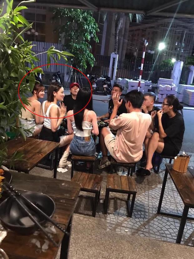 Xe của Ninh Dương Lan Ngọc xuất hiện tại hậu trường quay MV của Chi Dân giữa nghi vấn hẹn hò - Ảnh 3.