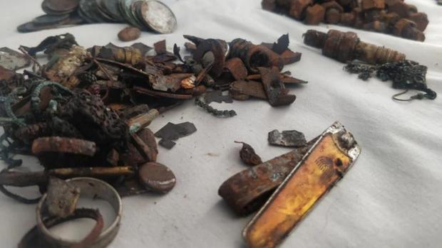 Nghe lời xúi dại thanh niên cứng phải nhập viện vì nuốt gần 4kg kim loại vào người - Ảnh 2.