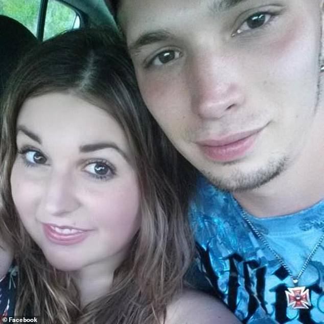Dùng búp bê hệt như thật để thực hiện kế hoạch lừa đảo tinh vi chưa từng thấy, cặp vợ chồng bị cảnh sát tóm gọn vì sơ hở không ngờ - Ảnh 4.