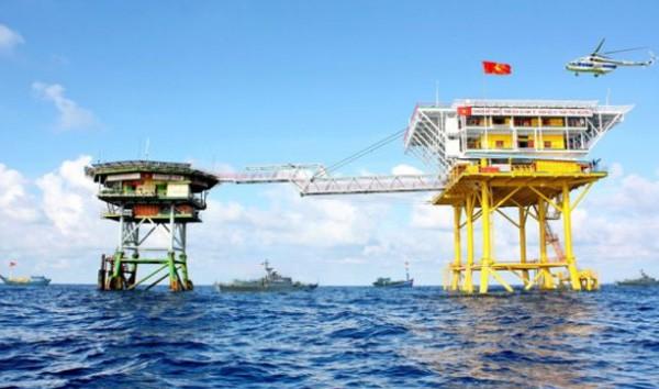 Việt Nam kiên quyết bảo vệ chủ quyền hợp pháp ở Biển Đông - Ảnh 2.