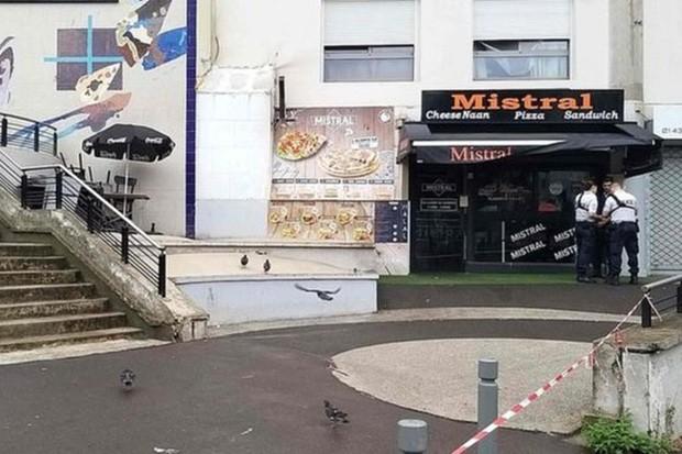 Nhân viên nhà hàng bị khách bắn chết vì phục vụ chậm - Ảnh 1.