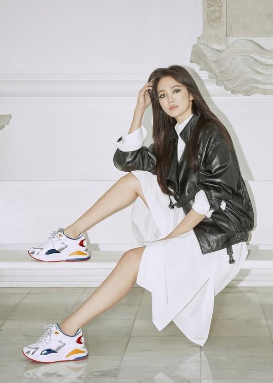 Âm thầm xuất hiện hậu ly hôn Song Joong Ki, Song Hye Kyo bất ngờ trở thành chủ đề bàn tán vì sự thay đổi đặc biệt này - Ảnh 5.