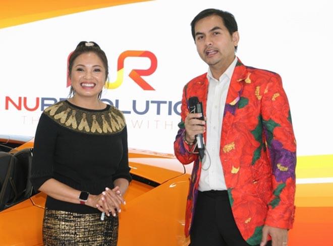 Nguyễn Hồng Nhung khoe dáng bên siêu xe 16 tỷ đồng, tiết lộ thu nhập khủng tại Mỹ - Ảnh 10.