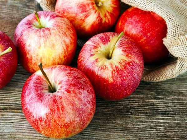 Một quả táo chứa tới 100 triệu vi khuẩn - Ảnh 1.