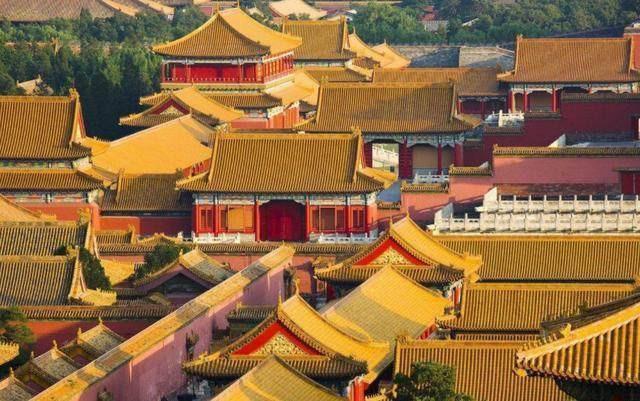 Điều gì khiến mái nhà trong Tử Cấm Thành luôn luôn sạch bóng dù đã hơn 600 năm tuổi? - ảnh 2