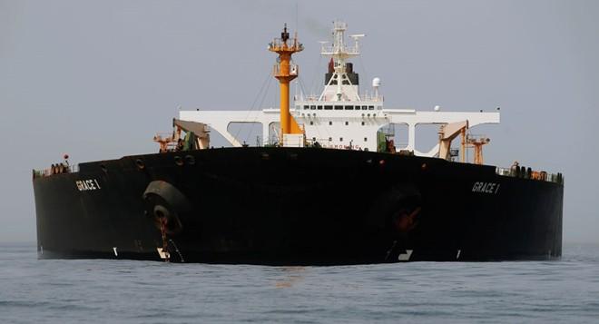 Hải quân Iran tính triển khai cả hạm đội ngăn Mỹ bắt siêu tàu dầu - ảnh 1