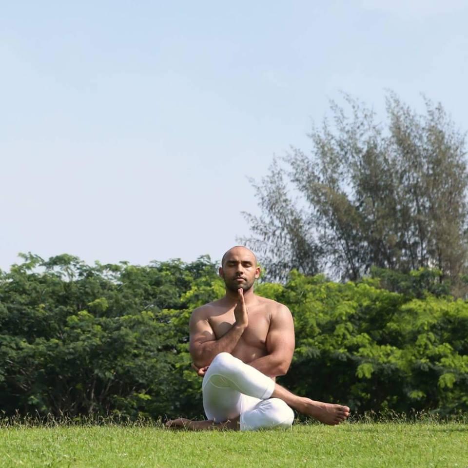 Cao thủ Yoga tiết lộ về Yoga thật - Yoga giả và bí quyết ăn-tập-ngủ tuyệt vời cho sức khỏe - Ảnh 26.