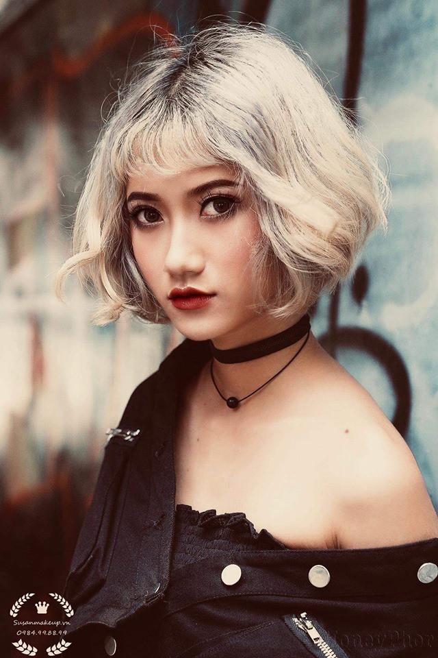 Nữ sinh 20 tuổi có vòng eo 54 cm, xinh như hot girl tiết lộ ảnh quá khứ đen nhẻm - Ảnh 1.