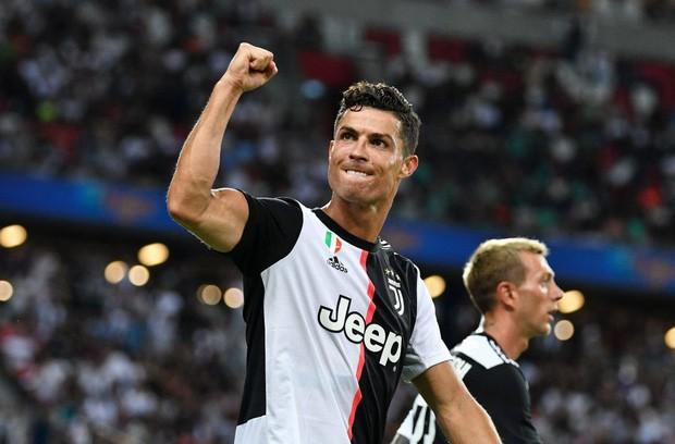 Sở hữu khối tài sản khổng lồ, Ronaldo vẫn biết cách dạy con quý trọng tiền bạc bằng hành động tưởng chừng đơn giản này - Ảnh 3.