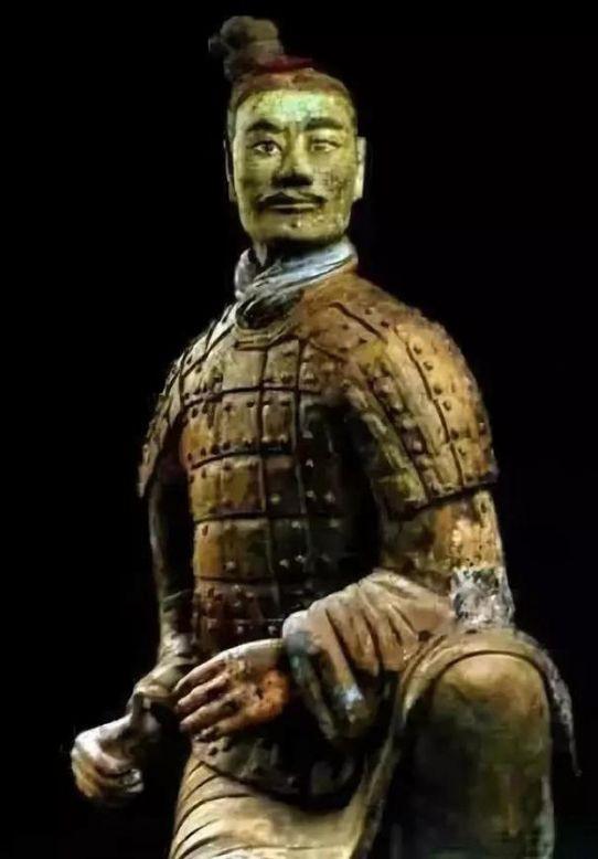 Tìm thấy chiến binh đất nung kỳ lạ nhất trong lăng mộ Tần Thủy Hoàng: Giới khảo cổ bất ngờ - Ảnh 4.