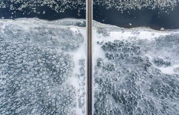 Những bức ảnh ấn tượng về thời tiết trên thế giới nhìn từ trên cao - Ảnh 6.