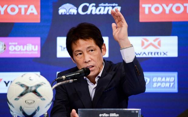 Fanpage tuyển Thái Lan tuyên bố bắn hạ tuyển Việt Nam nhưng sai ngay từ chi tiết đầu tiên vì cả tin - Ảnh 2.