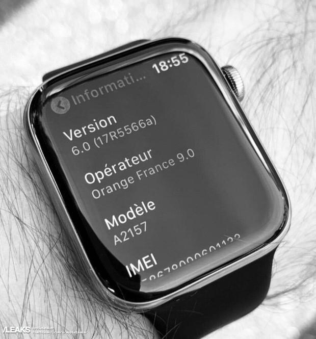 Bắt được hình ảnh rò rỉ đầu tiên về Apple Watch Series 5, màn hình cong tràn hơn đáng kể - Ảnh 1.