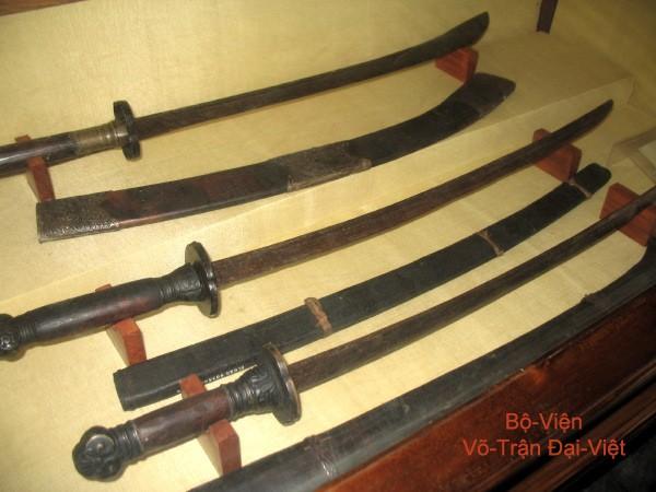 Các thanh gươm sắc bén và lợi hại của dân tộc Việt Nam một thời - Ảnh 7.