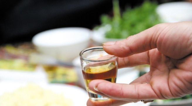 Uống các loại nước này trước khi ăn, hậu quả không ai ngờ tới - Ảnh 1.