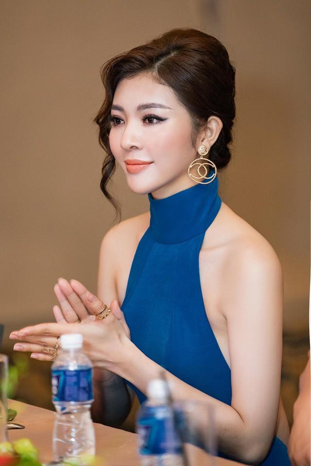 Hoa hậu Thiên Hương khoe da trắng, lưng trần quyến rũ - Ảnh 7.