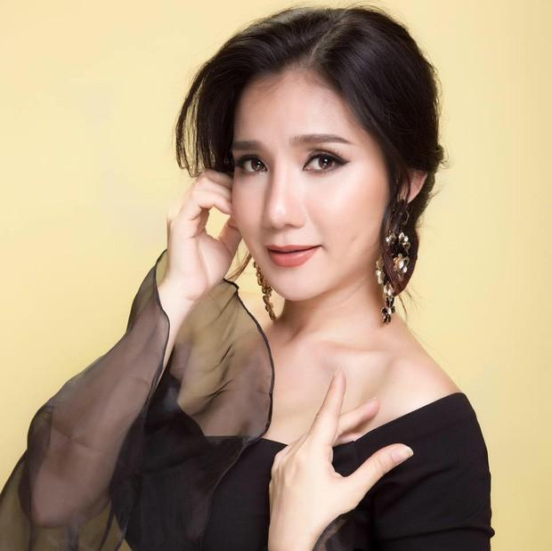 Chia tay Bạn muốn hẹn hò, MC Cát Tường chính thức được phong tặng danh hiệu Nghệ sĩ ưu tú - Ảnh 1.