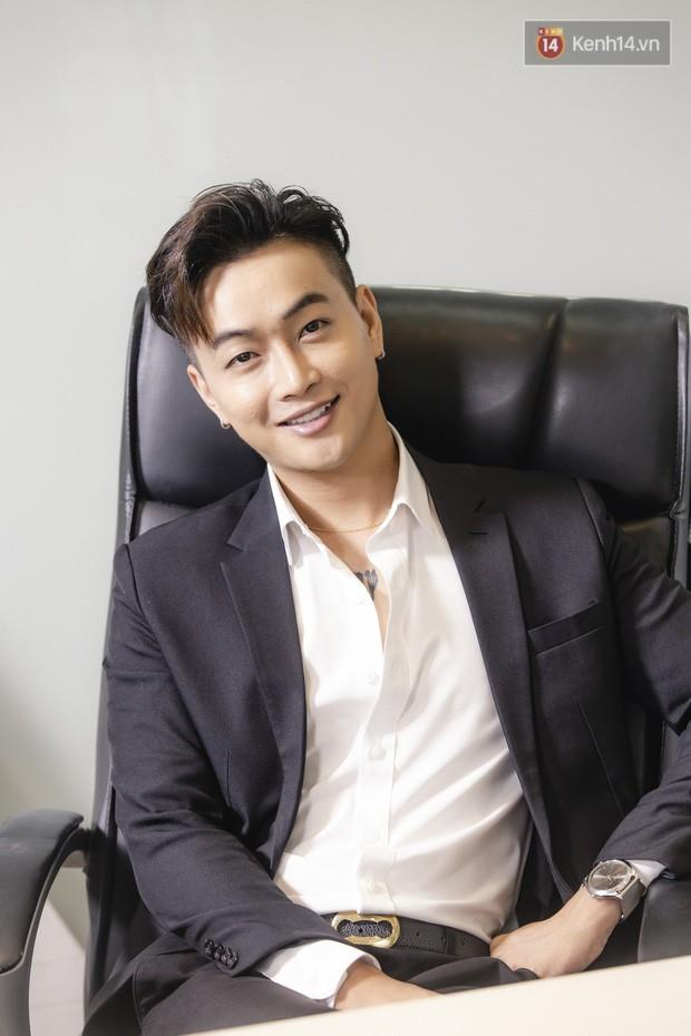 TiTi - cựu trưởng nhóm HKT: Từng khóc mỗi đêm vì đi hát bị ném chai, đá lên sân khấu, không hối hận khi rời khỏi HKT - Ảnh 8.
