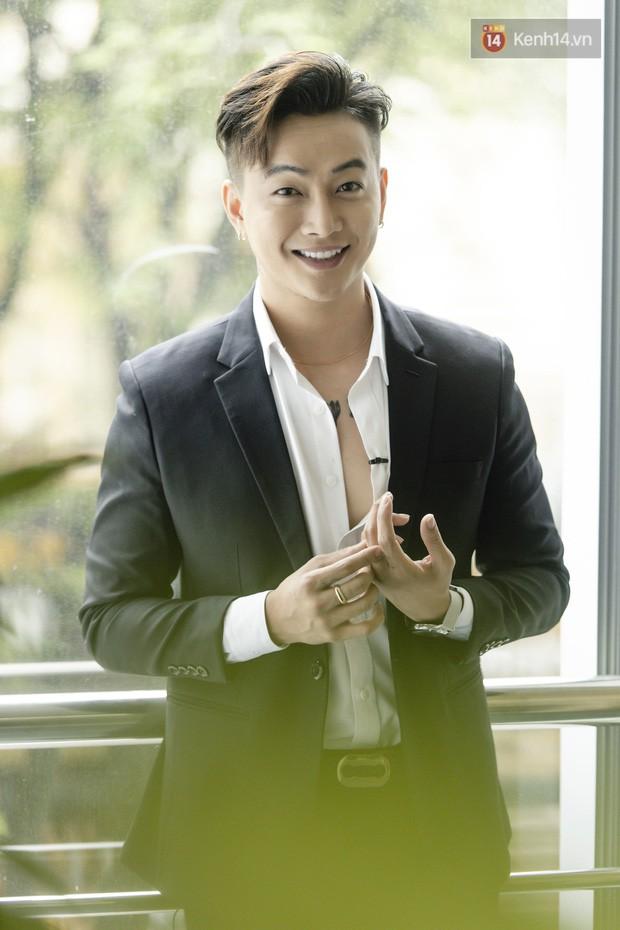 TiTi - cựu trưởng nhóm HKT: Từng khóc mỗi đêm vì đi hát bị ném chai, đá lên sân khấu, không hối hận khi rời khỏi HKT - Ảnh 9.