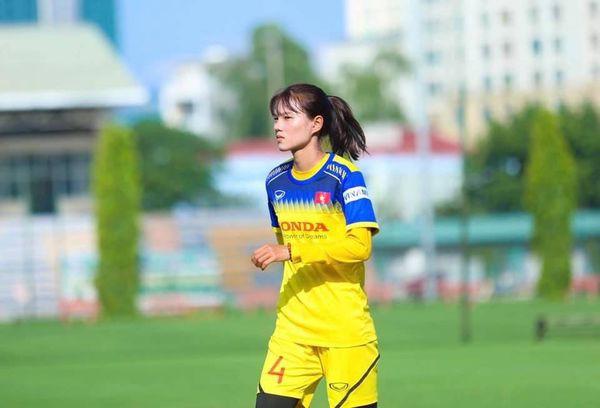 Ngắm hoa khôi tuyển nữ Việt Nam trong ngày vô địch Đông Nam Á - Ảnh 4.