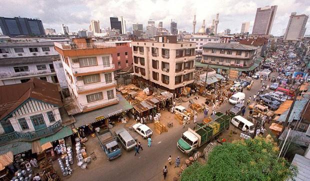 Những thành phố đang chìm dần trên thế giới - Ảnh 3.