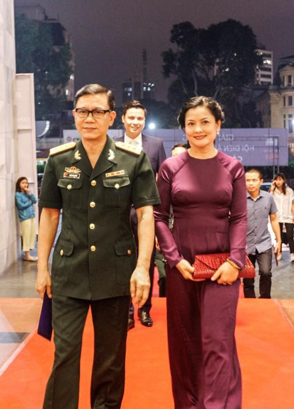 NSND Thu Quế: Người phụ nữ Hà thành lạc lõng cổ hủ và cuộc hôn nhân bên chàng diễn viên áo lính - Ảnh 4.
