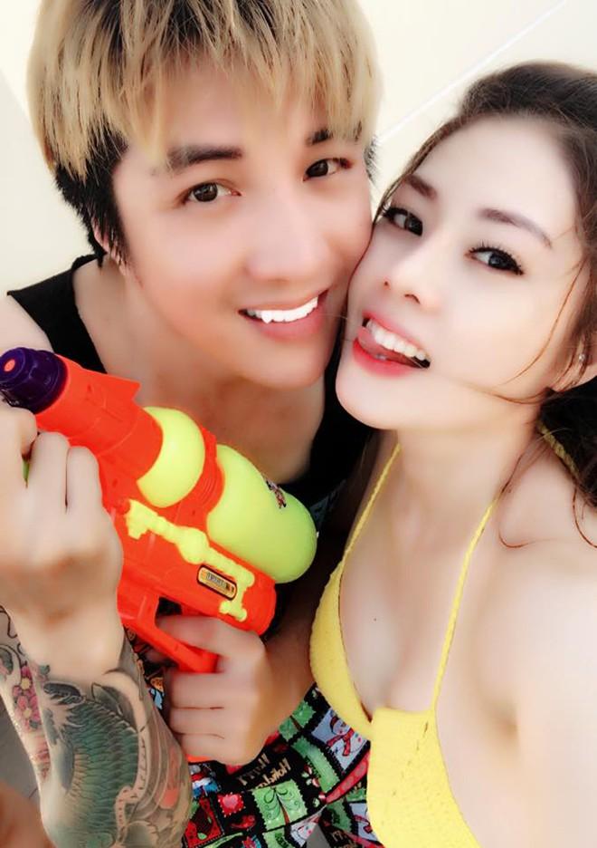 Danh tính nữ ca sĩ gợi cảm, yêu Lâm Chấn Khang 17 năm mới cưới - Ảnh 5.
