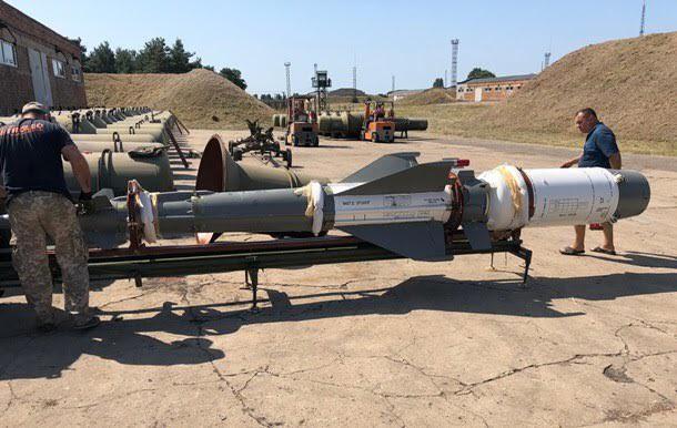 Quân đội Ukraine tịch thu Hệ thống phòng không S-125 do Nga buôn lậu: Sự thật thế nào? - Ảnh 3.