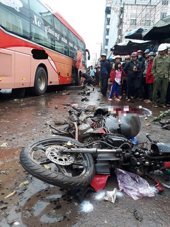 Tài xế xe khách khai nguyên nhân đâm vào đoàn người đi chợ Chư Sê khiến 4 người chết - Ảnh 1.