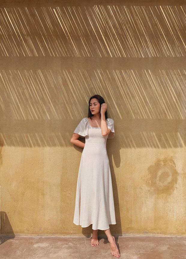 Vợ chồng Hà Tăng tay trong tay đi ăn cưới, nhan sắc mỏng manh của nàng ngọc nữ tiếp tục đốn tim fan - Ảnh 3.