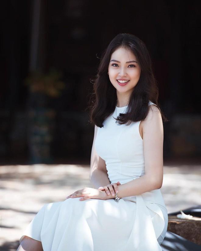 Nhà có 3 nàng tiên phiên bản hot girl Việt: Xinh đẹp đã là gì, thi hoa hậu rồi học vấn thạc sĩ, tiến sĩ có đủ luôn - Ảnh 8.