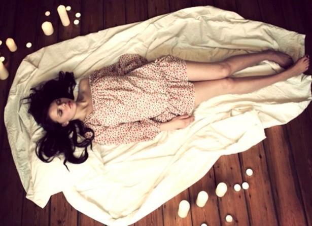 Bạn thường nằm ngủ với tư thế nào? Tư thế ngủ bộc lộ bí mật của bạn - ảnh 5