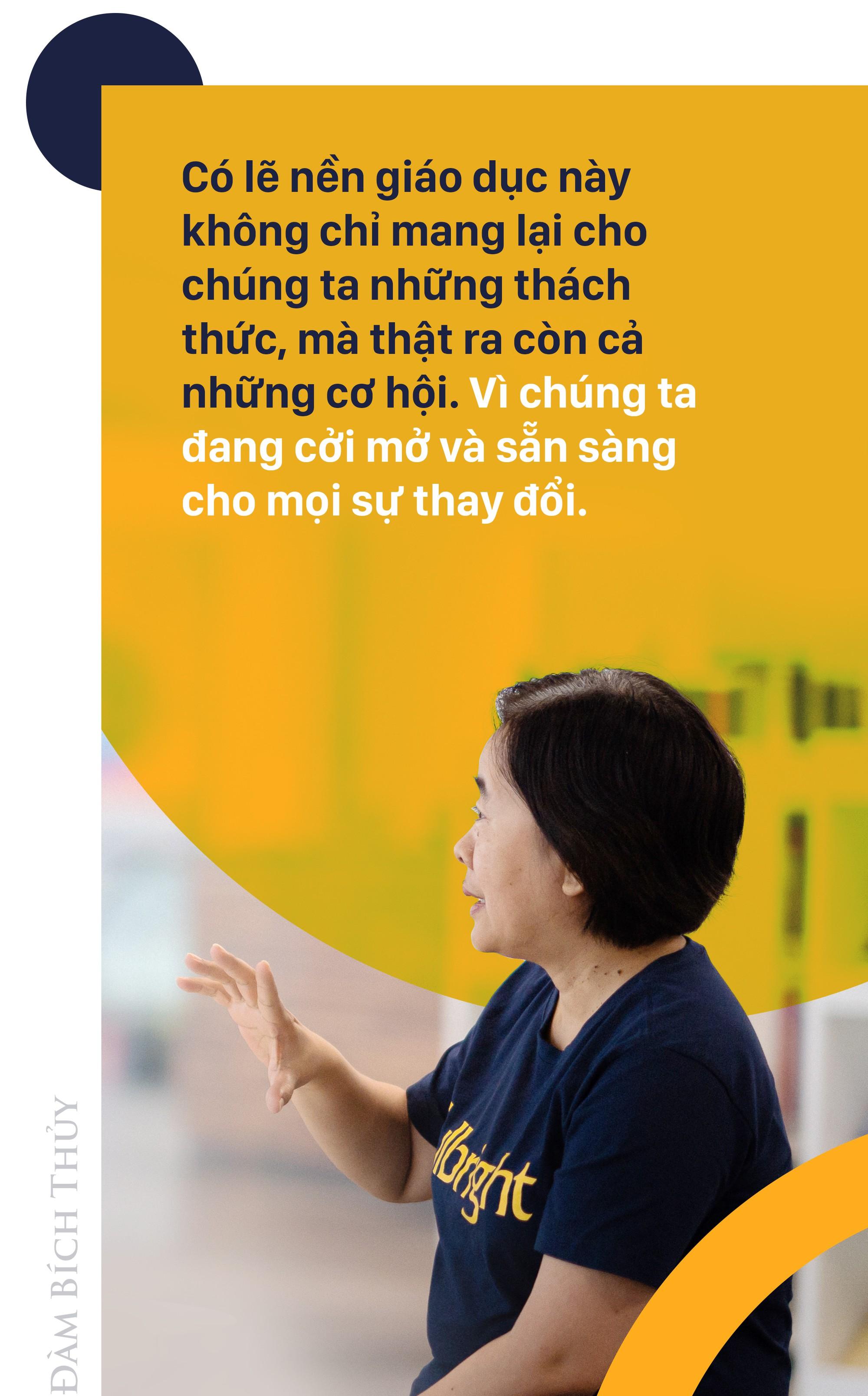 Củ khoai lang trên bàn Chủ tịch Đàm Bích Thuỷ và 7 nhà tài trợ giấu tên phía sau ĐH Fulbright Việt Nam - Ảnh 11.
