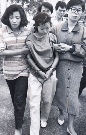 Bé gái 6 tuổi bị bắt cóc và sát hại dã man gần 20 năm trước, hung thủ trẻ tuổi xuất thân giàu có nhưng gây án chỉ vì muốn cung phụng bạn trai - Ảnh 2.