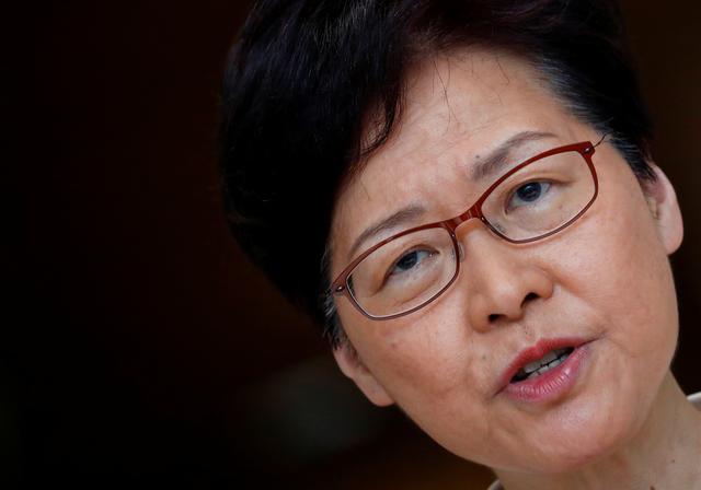 Reuters: Bắc Kinh đã gạt phăng đề xuất nhượng bộ người biểu tình của trưởng đặc khu Hong Kong  - Ảnh 1.
