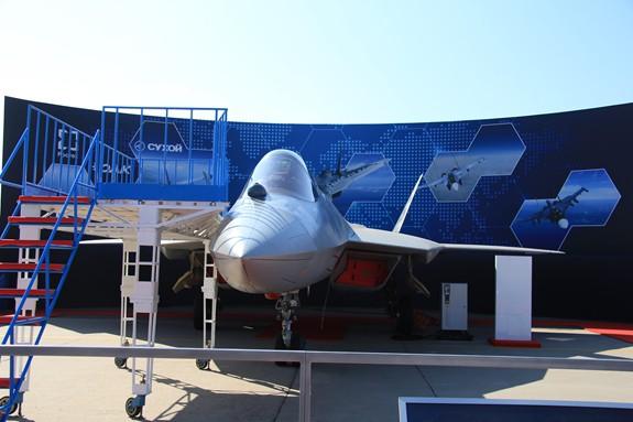 Nga sẵn sàng sản xuất hàng loạt máy bay Su-57 - Ảnh 1.