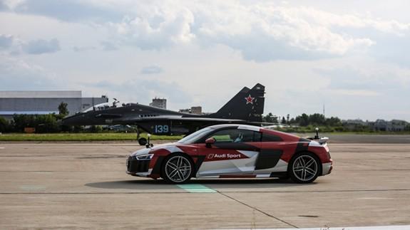Nhiều công nghệ hàng không quân sự hiện đại được giới thiệu tại MAKS-2019 - Ảnh 5.