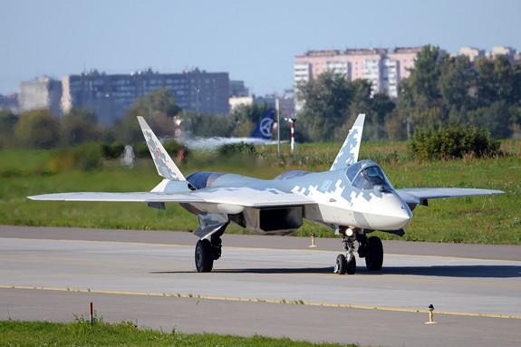 Nhiều công nghệ hàng không quân sự hiện đại được giới thiệu tại MAKS-2019 - Ảnh 9.