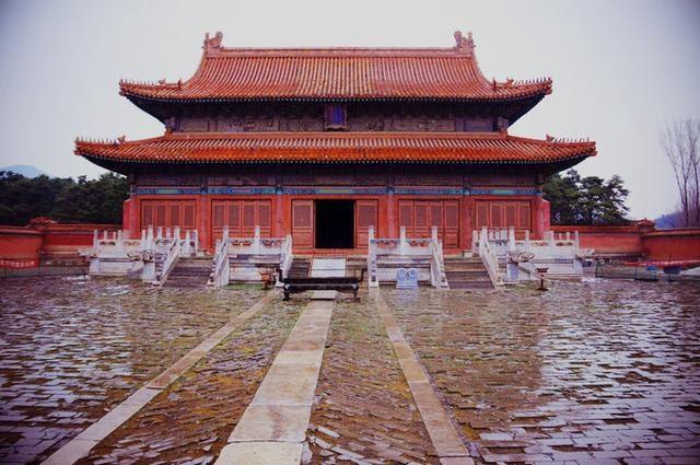 Lăng mộ Khang Hy từng xảy ra 3 sự kiện kỳ bí: Ám ảnh người chứng kiến - Ảnh 2.