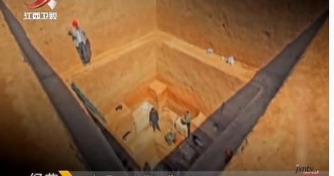 Mở nắp quan tài ở ngôi mộ 3000 năm tuổi, nhà khảo cổ kinh ngạc vì thứ tìm thấy bên trong - Ảnh 3.