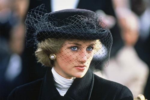 22 năm ngày mất của Công nương Diana quá cố: Nhiếp ảnh gia tiết lộ chi tiết đau lòng trong đám tang lịch sử - Ảnh 4.