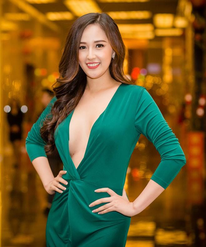 Mai Phương Thúy bị bàn tán vì khoảnh khắc gợi cảm tại Hoa hậu Thế giới Việt Nam 2019 - Ảnh 7.