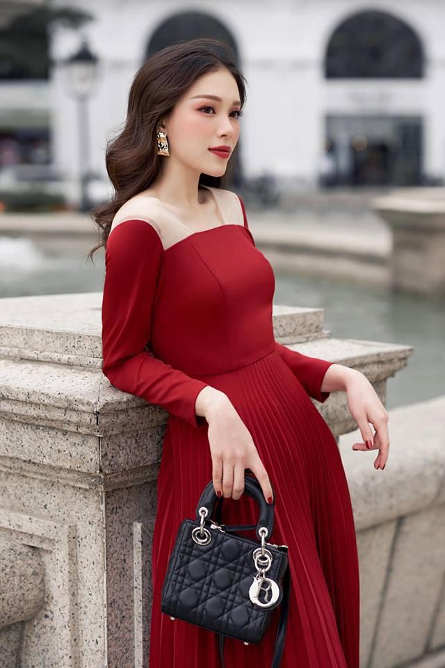Cuộc sống sang chảnh của ngọc nữ 9X được dân mạng đồn là bạn gái mới của Phillip Nguyễn - em chồng Hà Tăng - Ảnh 11.