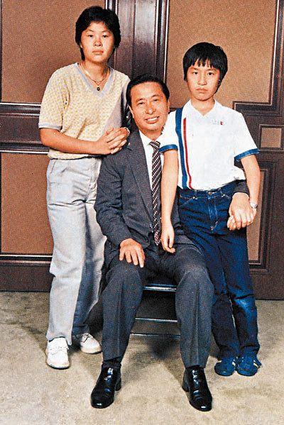 Đại thiếu gia Hong Kong: Thề cả đời không kết hôn, thuê người đẻ mướn để tranh tài sản - Ảnh 1.