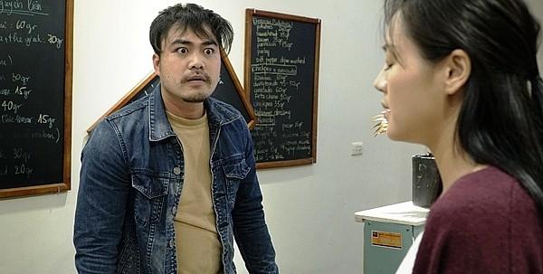 Chú Quốc phim Về nhà đi con: Cảnh tôi hôn Thu Quỳnh, vợ bảo cũng cuồng nhiệt đấy! - Ảnh 4.
