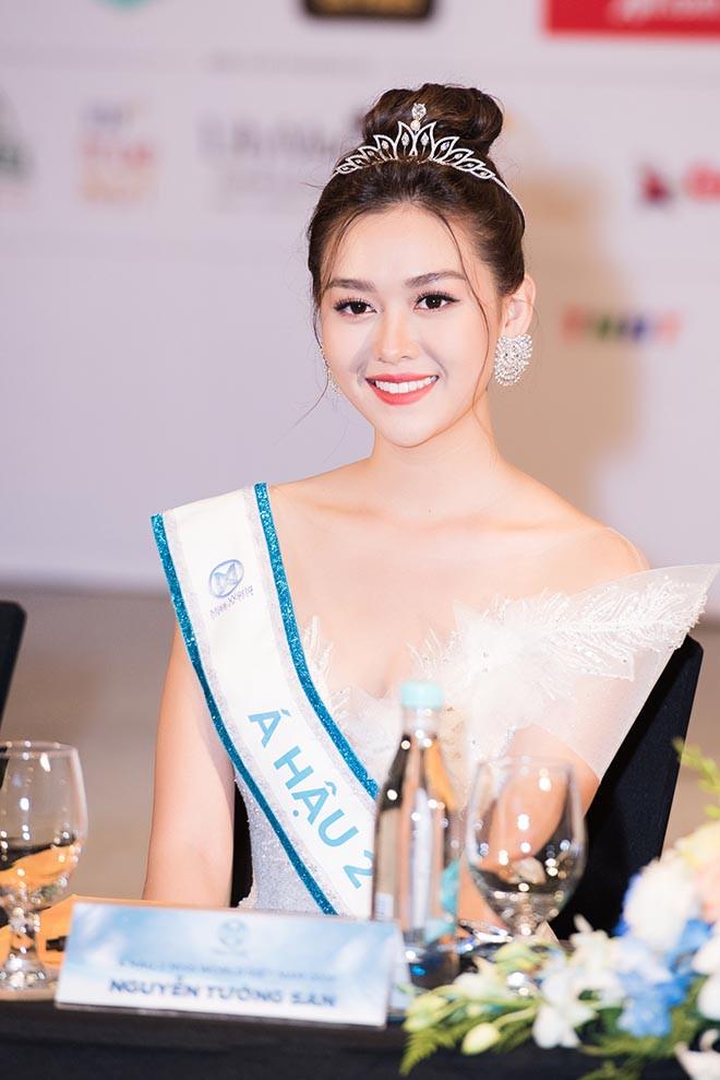 Cận cảnh vẻ xinh đẹp, gợi cảm của Á hậu 2 Hoa hậu Thế giới Việt Nam Nguyễn Tường San - Ảnh 1.