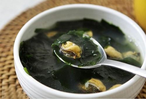 Món canh nổi tiếng và phổ biến nhất Nhật Bản:Thành phần đơn giản, dinh dưỡng tuyệt vời - Ảnh 2.