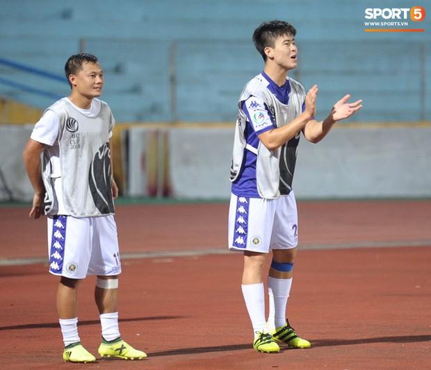 HLV Hà Nội FC tiết lộ Duy Mạnh phải nhập viện vì sốt cao ngay trước trận đấu với Bình Dương - Ảnh 4.