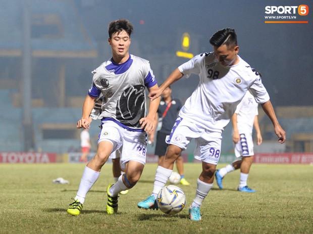 HLV Hà Nội FC tiết lộ Duy Mạnh phải nhập viện vì sốt cao ngay trước trận đấu với Bình Dương - Ảnh 6.